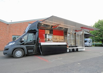 Camion magasin rôtisserie Chickendales